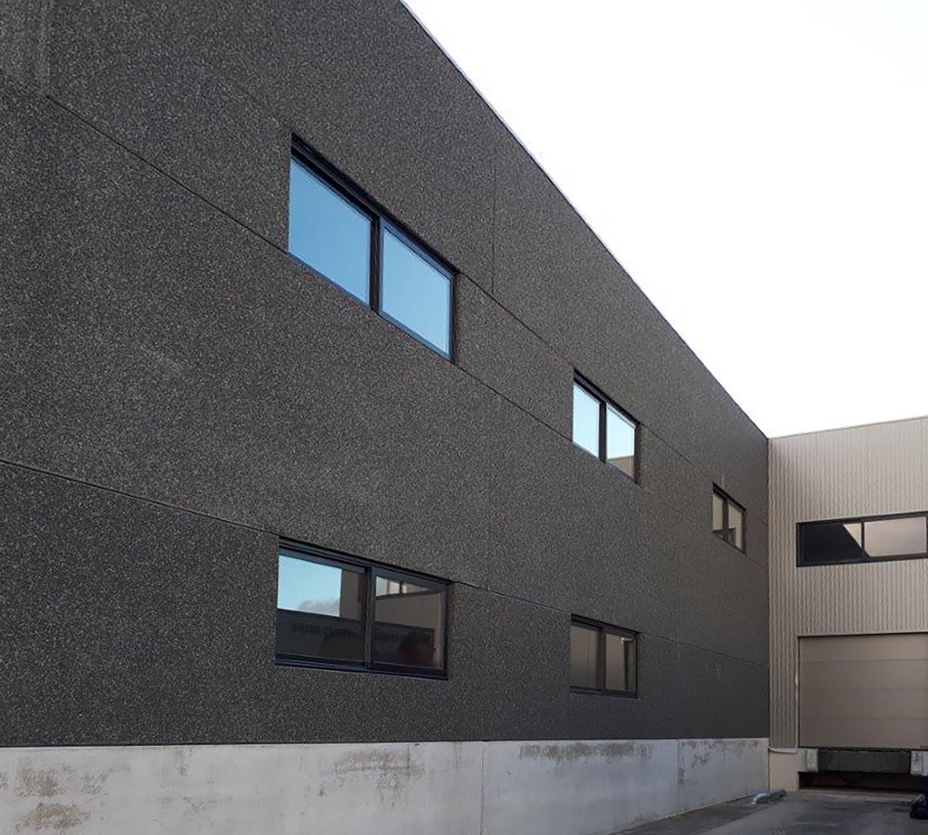 Fenêtres coulissants sur bâtiment industriel - Hors-site - ERP - RENOVAL Menuiseries